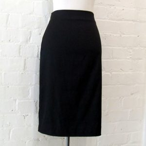 Crimp skirt.