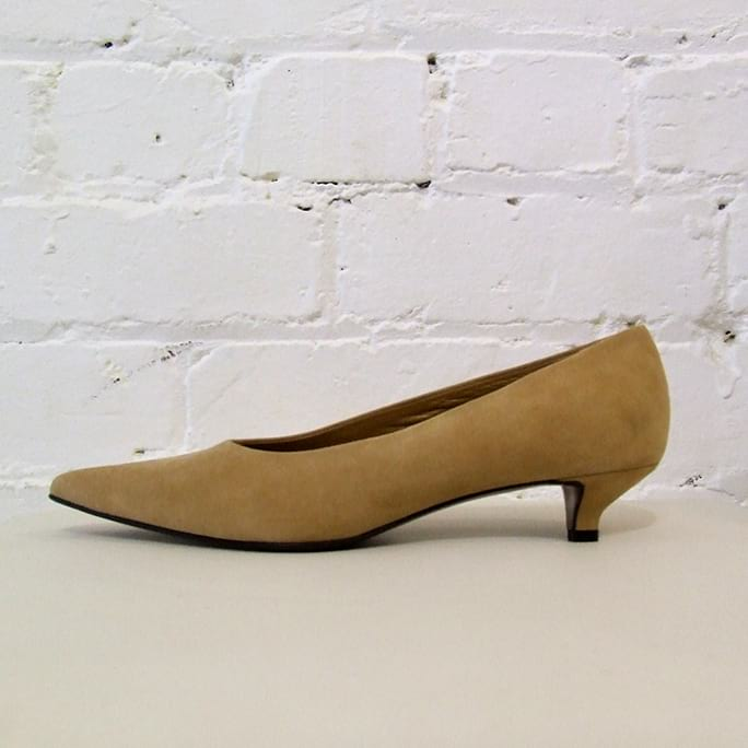 Suede kitten heel shoe.