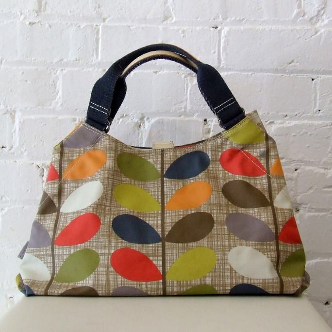 Classic stem print shoulder bag, unused.