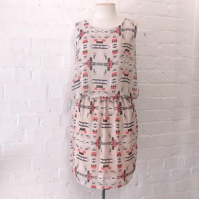 Drop-waist dress, lined.