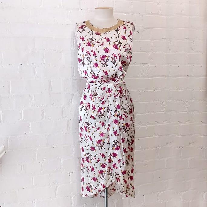 Sleeveless floral dress.