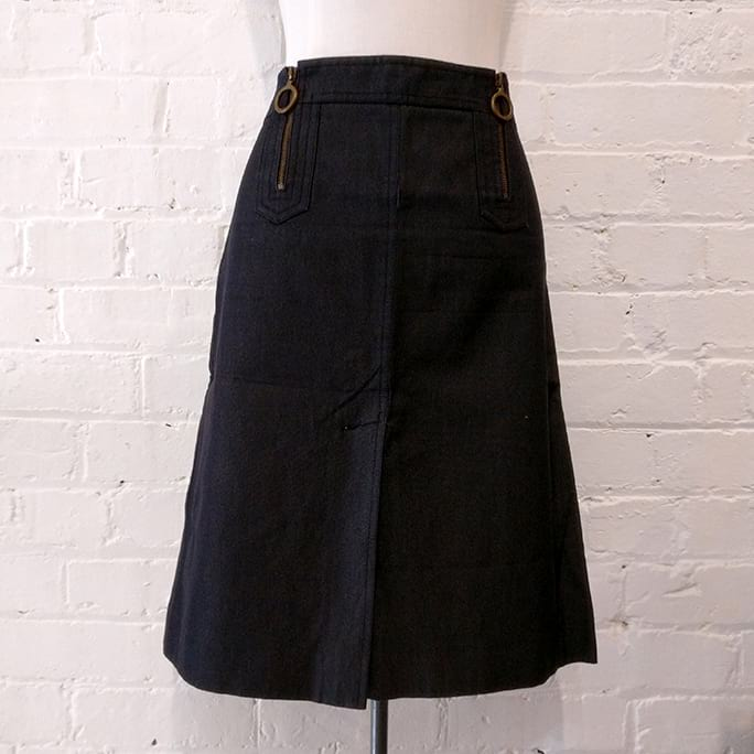 Cotton and silk A-line skirt.