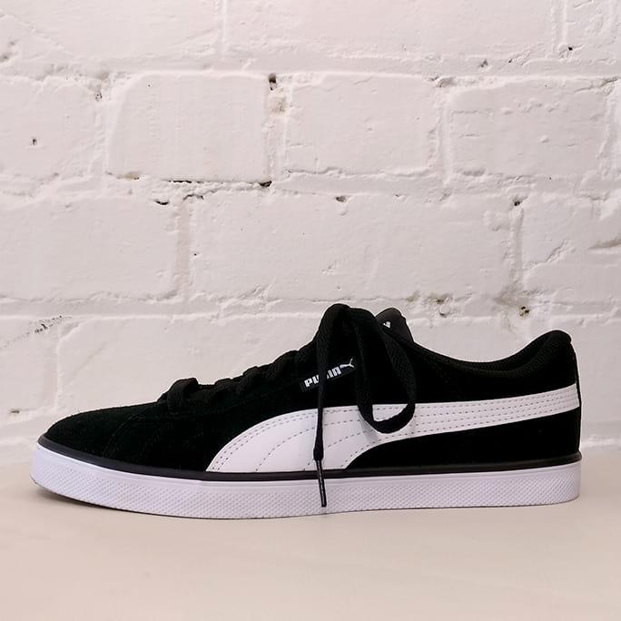 Classic sneakers. Unworn!