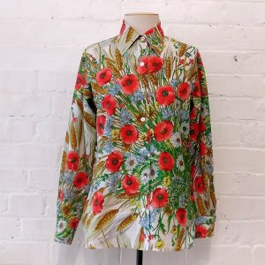Floral print shirt.