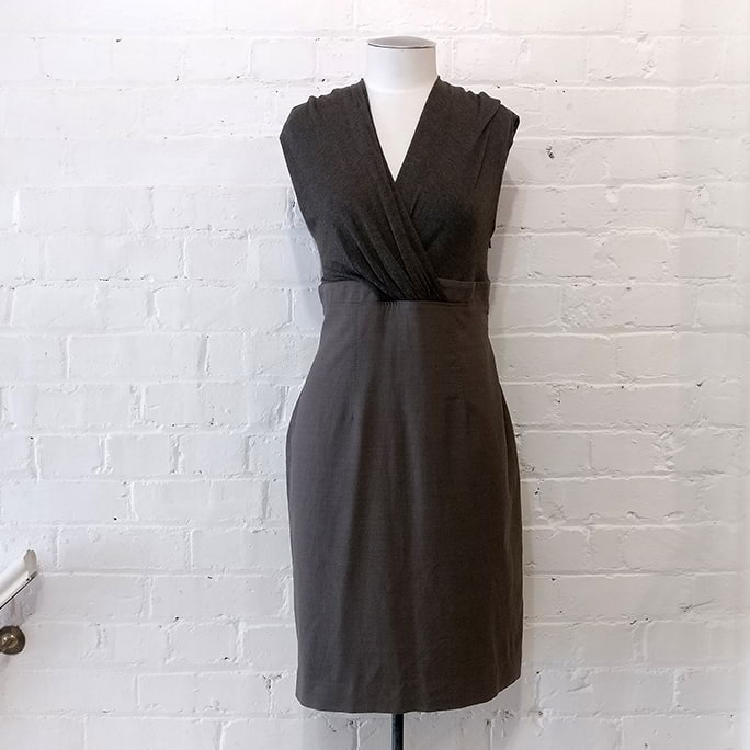 Soft jersey and linen dress, lined.