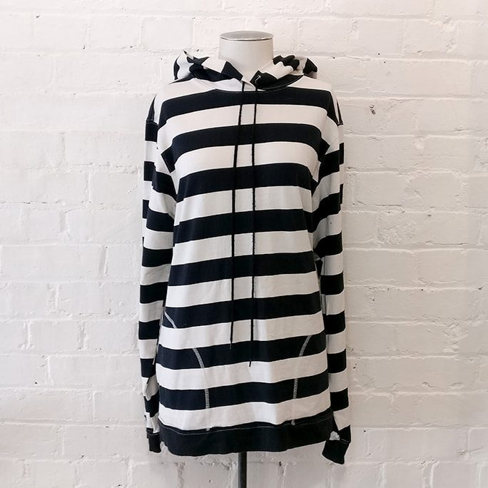 Black / white stripe hooded sweatshirt with pockets.
