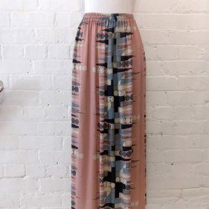 Printed silk long skirt.