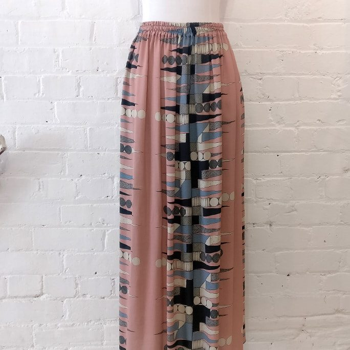 Printed silk long skirt.