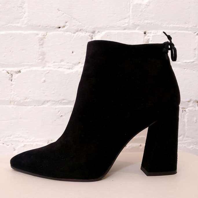 Nubuck ankle boot with keyhole detail, has box.