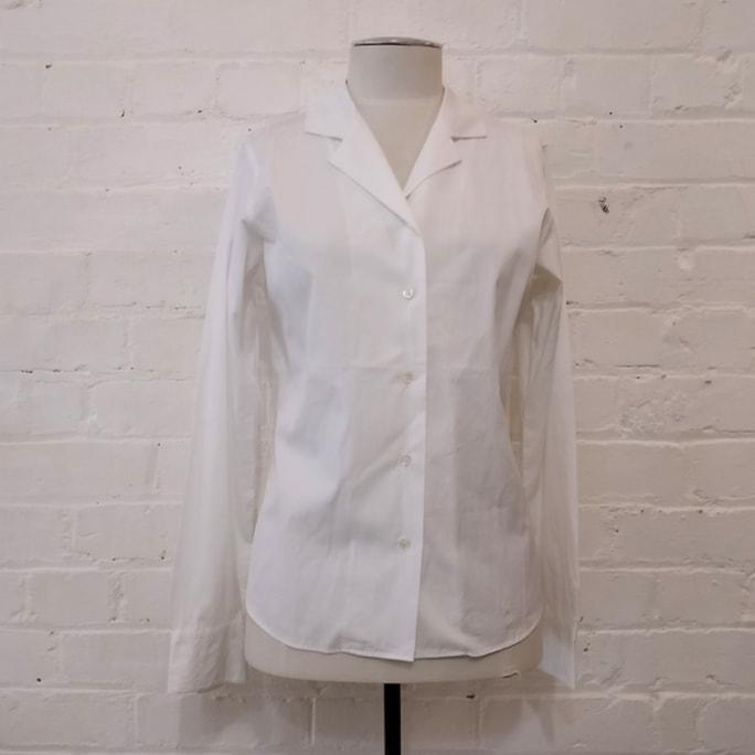 100% cotton classic white shirt.