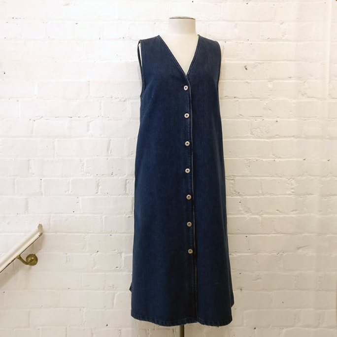 Denim button-up front dress with pockets.