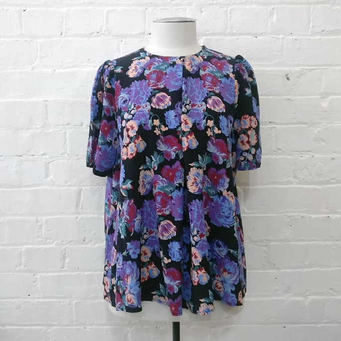 Floral short sleeve blouse.