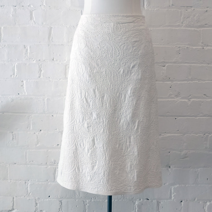 Textured cotton cream A-line skirt, with silk lining. Vintage 1999.