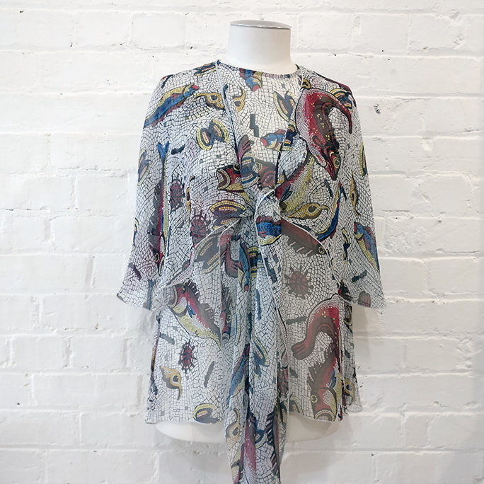 Printed silk blouse.