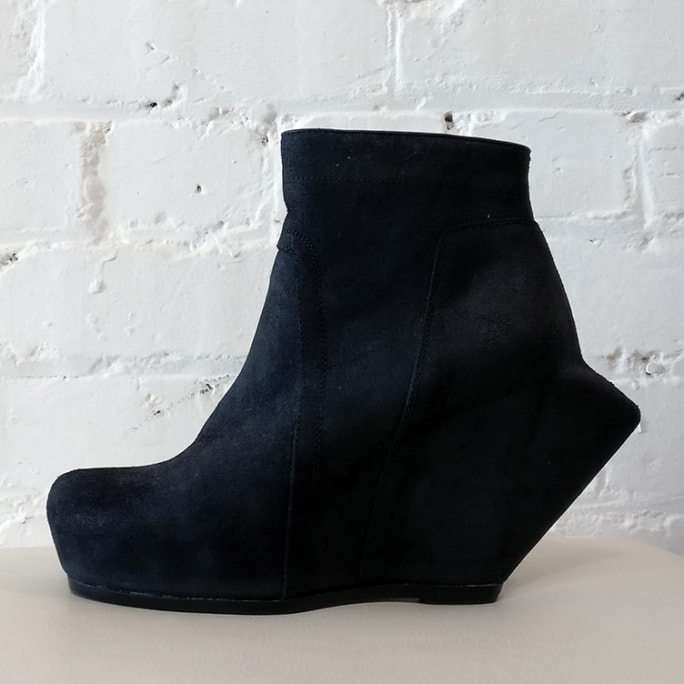Nubuck statement platform boot with peaked back, unworn!