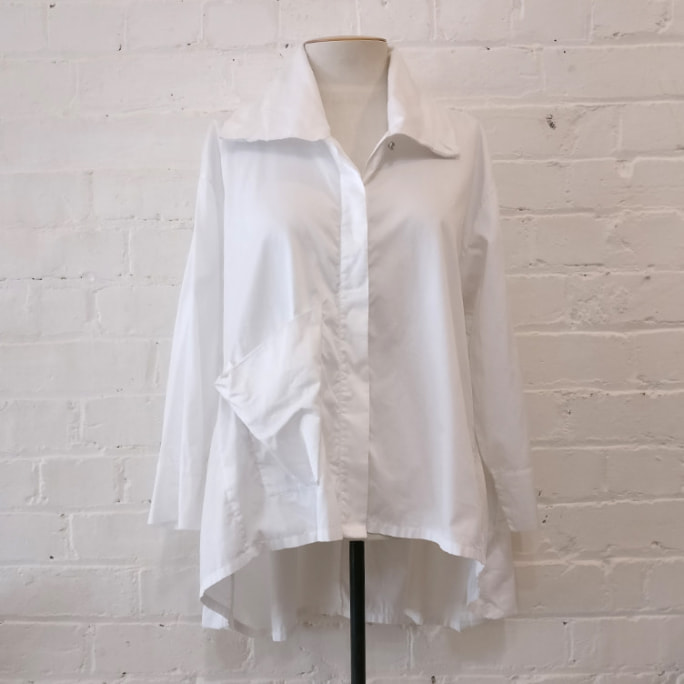 Cotton shirt with patch pocket detail.