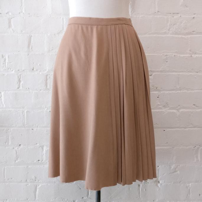 Stretch wool mix semi-pleat skirt, lined.