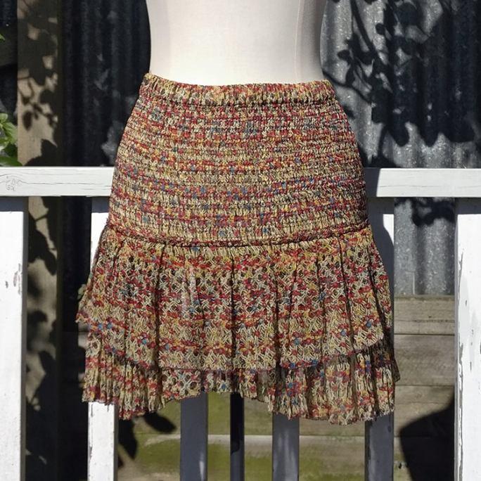 Stretch flirty skirt.