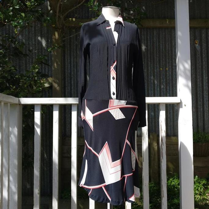 Drop-waist shirt dress, lined.
